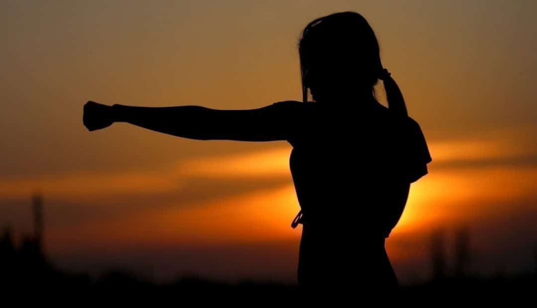 La self-défense: une pratique ouverte au grand public