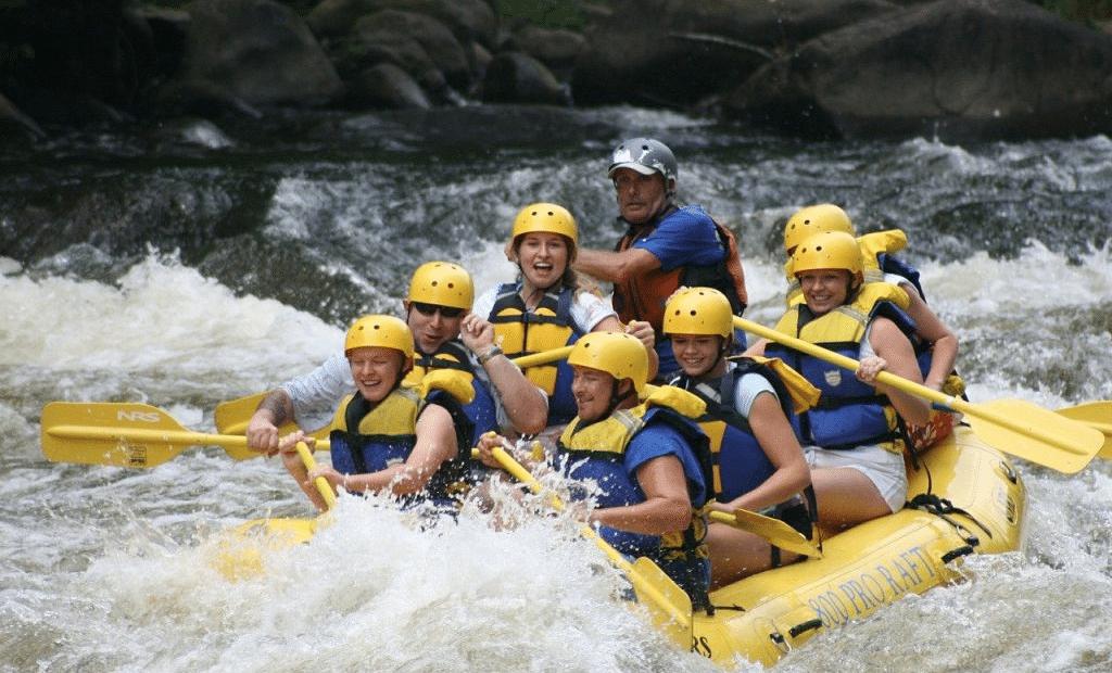 Découvrir la pratique du rafting cet été